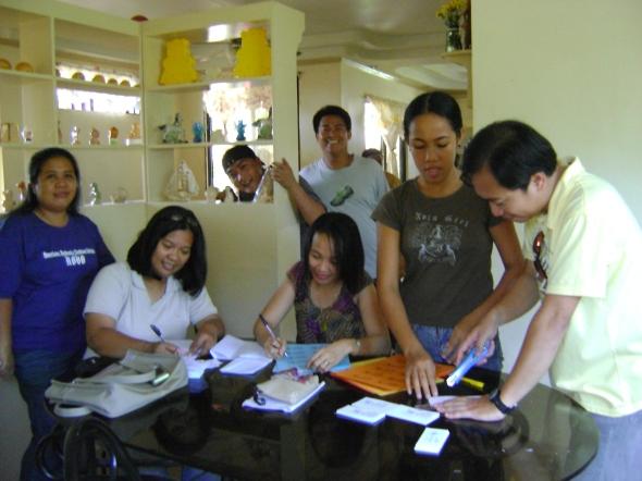 Contract signing hehehehe...busy para sa preparasyon ng Album Launching namin (Kita Choir).